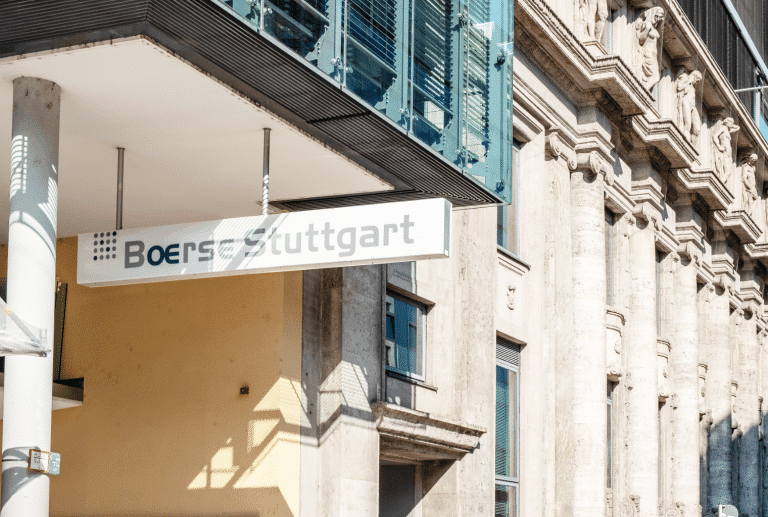 Major German Stock Exchange Group Launches Crypto Trading